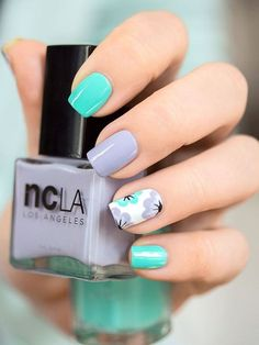 I love the use of colors!! I ♥ the designs. beautiful nail arts.. I will do this on my next manicure.project!