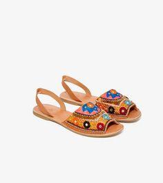 Sandalias de piel de Nasty Gal (91,04 euros)