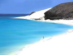 Fuerte beach, Canary Islands, Spain Spain has of beaches, most are on Canary and Balearic Islands. Holiday Places, Holiday Destinations, Places To Travel, Places To See, Beach Vibes, Canary Islands, Spain Travel, Bora Bora, Beautiful Beaches