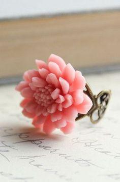 Chrysanthemum Flower Ring Pretty in Pink Large