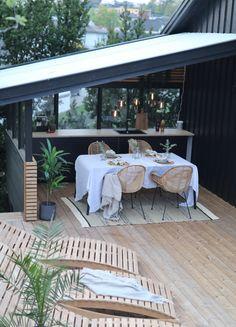 Small Outdoor Spaces, Outdoor Areas, Garden Deco, Terrace Garden, Backyard Bbq, Patio, Sims Building, Bbq Area, Garden Inspiration
