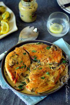 Escalope de poulet sauce moutarde et champignons Vegetarian Crockpot Recipes, Healthy Chicken Recipes, Vegetable Recipes, Cooking Recipes, Mushroom Sauce, Mushroom Recipes, Healthy Meals For Kids, Healthy Eating Tips, Fun Easy Recipes