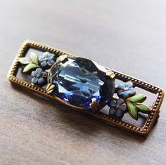 1930's brooch