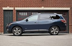 2014 Nissan Pathfinder Hybrid Offers 26 MPG Combined Fuel Economy and 526-Mile Driving Range – With No Compromise of Performance or Interior Roominess
