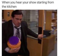 """30 Relatable Memes For When You Just Need A Damn Break - Funny memes that """"GET IT"""" and want you to too. Get the latest funniest memes and keep up what is going on in the meme-o-sphere. Stupid Funny Memes, Funny Relatable Memes, Haha Funny, Funny Humor, Funny Stuff, Fun Funny, Super Funny, Humor Humour, Humor Quotes"""