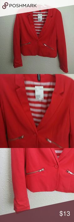 H&M new coral blazer Super xute new with tags tag size says 10 would recommend size 8 Divided Jackets & Coats Blazers