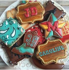 This listing is for one dozen cowboy themed sugar cookies. Baked in my licensed kitchen, you will receive 2 of each of these cookie shown in Farm Cookies, Iced Cookies, Cut Out Cookies, Cute Cookies, Royal Icing Cookies, Cupcake Cookies, Sugar Cookies, Cookies Et Biscuits, Cupcakes