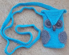 Crochet Owl Cell Phone Cozy, Smartphone cross body bag with side pockets for earbuds and phone charger, Custom orders accepted Handmade Items, Handmade Gifts, Etsy Handmade, Handmade Accessories, Kids Decor, So Little Time, Crochet Patterns, Crochet Owls, Purses And Bags