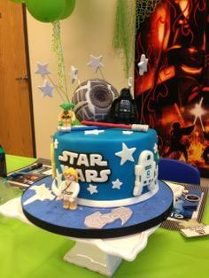 Cake at a Star Wars party #starwars #partycake