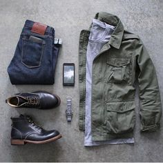 Wednesday kit featuring some of my favorites: boots, denim, & a field jacket ⌚️ Boots: Denim: Shirt: Jacket: Fashion Mode, Look Fashion, Daily Fashion, Winter Fashion, Fashion Trends, Urban Fashion, Fashion Menswear, Cheap Fashion, Fashion Photo