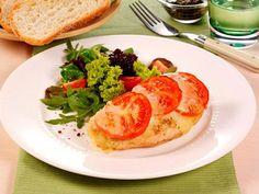 Rezept Hähnchenschnitzel Tomate-Mozzarella, unser Rezept Hähnchenschnitzel Tomate-Mozzarella - gofeminin.de