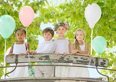 Tenues cortège mariage enfants d'honneur - Les petits inclassables - photo: Eric Teissedre - La Fiancée du Panda blog Mariage et Lifestyle