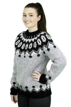 Phulkari Suit, Icelandic Sweaters, Fair Isle Knitting, Pullover, Christmas Sweaters, Knit Crochet, Crochet Patterns, Wool, Elsa