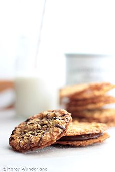 oat cookies with chocOlate & nutella