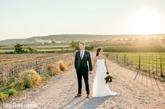 Klein Karoo Wedding. Golden hour. Landscape. Oudtshoorn. Wedding pictures. Couple pictures.