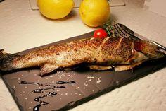 Вкуснейшая рыбная подача на блюде в виде керамического плато!