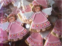 Galletas Recordatorio para el Bautizo de Maria Paz Fancy Cookies, Cute Cookies, Royal Icing Cookies, Christmas Goodies, Christmas Baking, Bolacha Cookies, Angel Cookies, Cookie Designs, Cookie Decorating