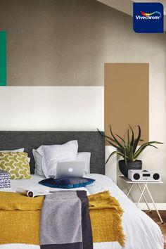 Ανανεώστε την κρεβατοκάμαρά σας δημιουργώντας πολύχρωμα γεωμετρικά σχέδια στους τοίχους! Βρείτε ακόμα περισσότερη έμπνευση στο site της Vivechrom. Αποχρώσεις 00YY 26/220 40YY 41/054 30GG 11/281 #bedroom #bedroomideas #bedroominspo #interiordesign Deco, Bedroom, Tattoos, Tatuajes, Tattoo, Decor, Bedrooms, Deko, Decorating