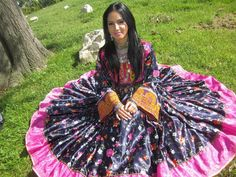 beautiful afghan girl in traditional dress