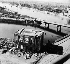 The Atomic Bombings of Hiroshima and Nagasaki killed about people and became the most dreadful slaughter of civilians in modern hist. Hiroshima Bombing, Crime, Enola Gay, Lest We Forget, Nagasaki, Modern History, American Revolution, Military History, Story Time