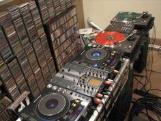 DJ Turntables | DJ Turntables Picture
