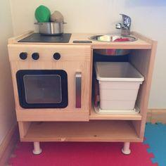 Недавно сделали детскую кухню, потому что покупать за 7.5-8 тыс. в Икее или ELC было жалко места и денег (большие они), а дешевую пластмассовую за 3 тыс. - не хотелось. У…