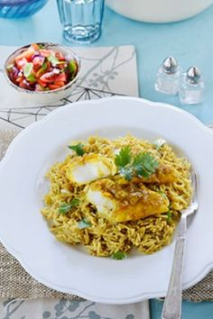 Pickled fish is a traditional Cape Malay dish – and now it is usually eaten during Easter celebrations. South African Recipes, Ethnic Recipes, Curry Rice, Easter Celebration, Winter Warmers, Pickles, Macaroni And Cheese, Fish, Eat