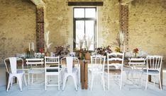 Week-end en France, épisode 2 Week End France, Hotel Restaurant, Table Settings, Table Decorations, Wedding France, Sheds, Barns, Home Decor, Weddings