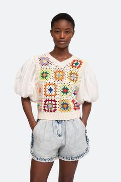 Gabriela Sweater – Sea, New York Diy Crochet, Hand Crochet, Crochet Top, Knit Vest, Crochet Cardigan, Crochet Vests, Sewing Clothes, Crochet Clothes, Blusas Top