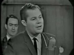 Popular 50s Country-Western singer Billy Grammer wa born today 8-25 in 1925 - he was a regular on The Opry and scored a large charting cross-over hit in 1959 with his 'Gotta Travel On' - He passed in 2011.
