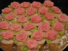 Rose Garden... I have got to learn how to make these!