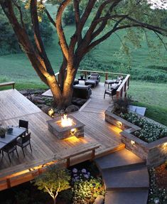 Ultimate Decks for Outdoor Living - Town & Country Living - - Ultimate Decks for Outdoor Living – Town & Country Living Terrasse Ultimative Decks für das Leben im Freien – Stadt- und Landleben My Dream Home, Dream Homes, Outdoor Spaces, Outdoor Life, Indoor Outdoor Living, Outdoor Stuff, Exterior Design, Future House, Outdoor Gardens