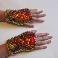 Fashion Inspiration (Dragon Hide Gloves - The Armored Arm Warmers from Crystal's Idyll are Stylish & Comfortable (GALLERY))