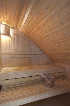 sauna Loft Bathroom, Upstairs Bathrooms, Traditional Saunas, Sauna Design, Portable Spa, Attic Loft, Spa Rooms, Small Garden Design, Under Stairs