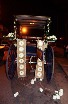 "Cartel ""Recien casados""  facebook/dulce soffia Foto: Ricardo Stinco Tea Lights, Candles, Facebook, Wedding Details, Poster, Sweet, Houses, Photos, Tea Light Candles"