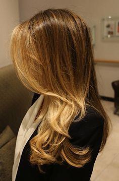 Box No. 216: beachy hair color. What a great website for color inspiration!  @Andie Martinez.. considerandolo como prox tinte quizas, o algo parecido