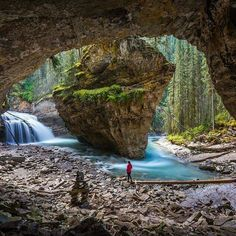 Johnston Canyon, Banff National Park, Alberta, Canada