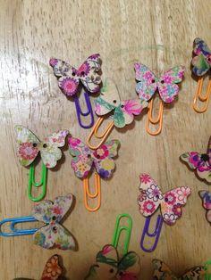 Butterfly Planner Clip Button Garden Insect Mariposa Decorative Paper Clips: Teacher gift Class Handout Planner Clip Page Marker Bookmark Paperclip Crafts, Paperclip Bookmarks, Jw Gifts, Craft Gifts, Craft Activities For Kids, Crafts For Kids, Fabric Crafts, Sewing Crafts, Paper Clip Art