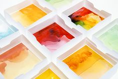 The Mayice Light Box is made of a sweet and experimental material: melted gummy bears.