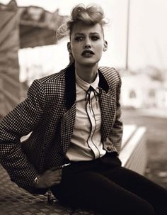 Teddy girl look Teddy Girl, Teddy Boys, Teddy Boy Style, Teddy Boy Hair, Moda Rockabilly, Style Rockabilly, Rockabilly Fashion, 1950s Fashion, Girl Fashion