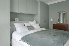Bedroom Built In Wardrobe, Bedroom Built Ins, Fitted Bedroom Furniture, Fitted Bedrooms, Bedroom Closet Design, Modern Bedroom Design, Home Decor Bedroom, Home Interior Design, Bedroom Storage For Small Rooms
