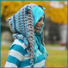 Crochet the Chesire Cat Hood Crochet Crafts, Crochet Projects, Free Crochet, Knit Crochet, Crochet Tutorials, Crochet Ideas, Cheshire Cat Hoodie, Chesire Cat, Crochet Scarves