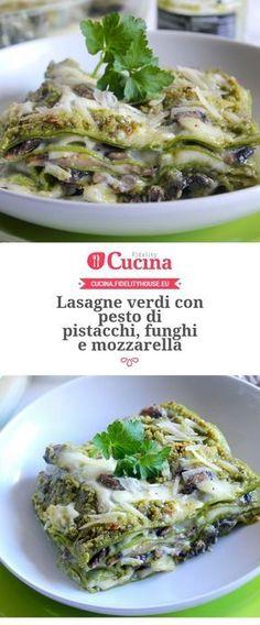 Lasagne verdi con pesto di pistacchi, funghi e mozzarella