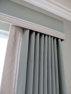 Cornice and curtains with contrast trim; can always just do a cornice with blinds Elegant Curtains, Modern Curtains, Window Cornices, Window Coverings, Cornice Box, Bedroom Curtains With Blinds, Gypsy Curtains, Bay Window Treatments, Curtain Headings