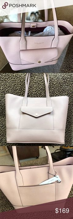 """NWT🎀MARC JACOBS TOTE🎀 GORGEOUS leather tote!!💕 •dual top handles •open top •exterior features one fold over flap pocket •10"""" handle drop •comes with dust bag NO TRADES NO LOWBALLERS AUTHENTIC Marc Jacobs Bags Totes"""