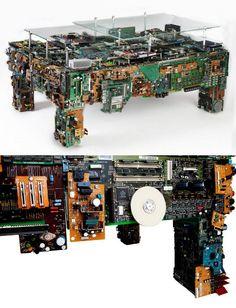 computer-junk-table.jpg