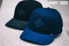 Die Curved Visor Flex Baseball-Cap von Djinn's kommt anstatt klassisch und mit geradem Schirm mit einem flexiblen Sweatband auf der Innenseite und leicht gebogenem Schirm daher. Ebenfalls mit dabei ist ein Djinn's Logopatch auf der Vorderseite. Und bevor wir es vergessen: Ein SNIPES Exclusive ist sie auch noch! Artikelnr.: 7004024 + 7004025 Preis: 19,99 Euro #snipes #snipesknows #djinns #caps #headwear #baseballcap