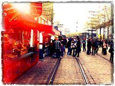 Ein ungleicher Kampf, der sich da vergangene Woche in #Chemnitz abgespielt hat! Times Square, Travel, Trombone, Chemnitz, Musik, Viajes, Destinations, Traveling, Trips
