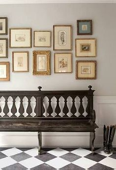 Baluster Silhouette Hall Bench.