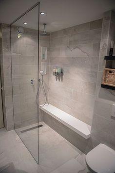 Badezimmer Dusche In De Eerste Kamer's bathrooms you will find shower cubicles, steam cubicles a Diy Bathroom Remodel, Shower Remodel, Bathroom Remodeling, Bathroom Makeovers, Remodeling Ideas, Handicap Bathroom, Tub Remodel, Restroom Remodel, House Remodeling